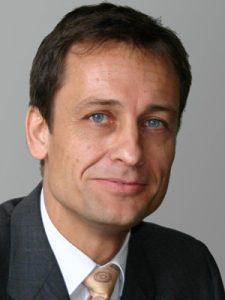 Prof. Dr. Matthias SCHMUTH